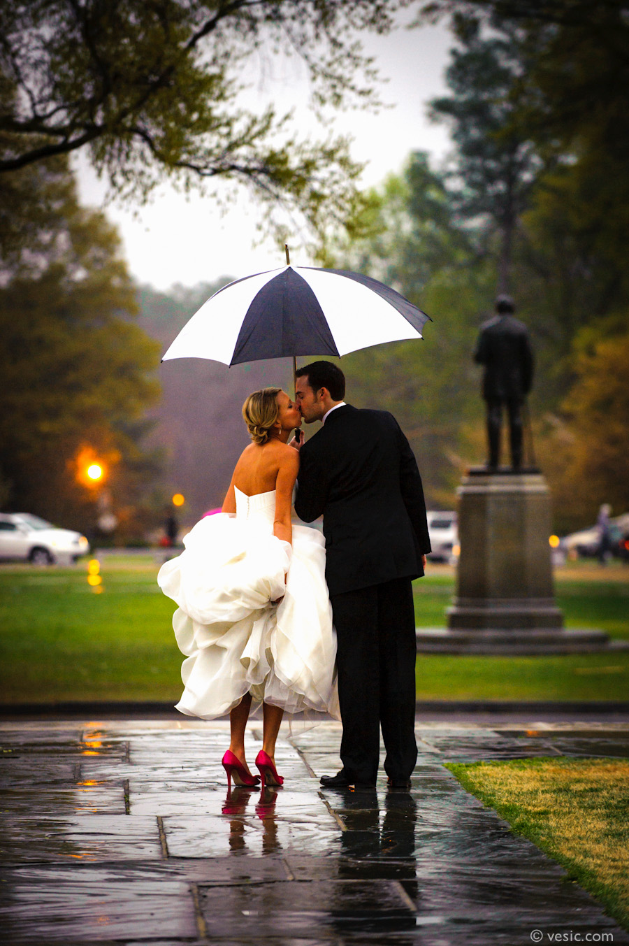 Raining Wedding Photography: Rain On Your Wedding Day