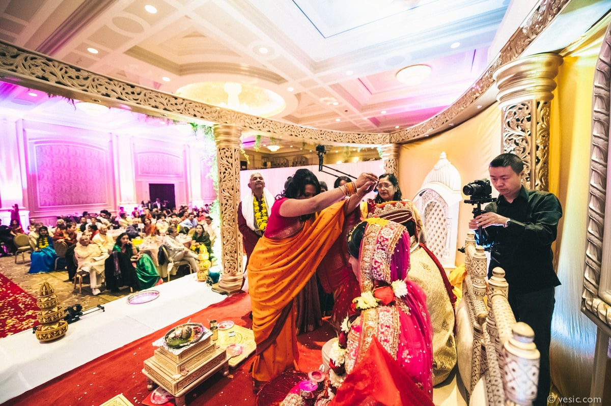 Vasu vivek indian wedding at prestonwood country club in cary nc indian wedding prestonwood raleigh nc 18 junglespirit Images