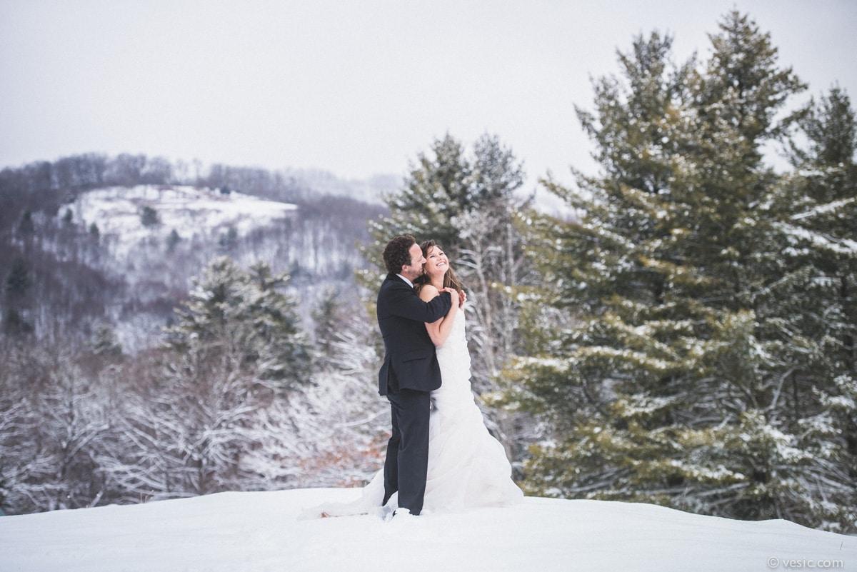 winter snow wedding photos in boone  north carolina